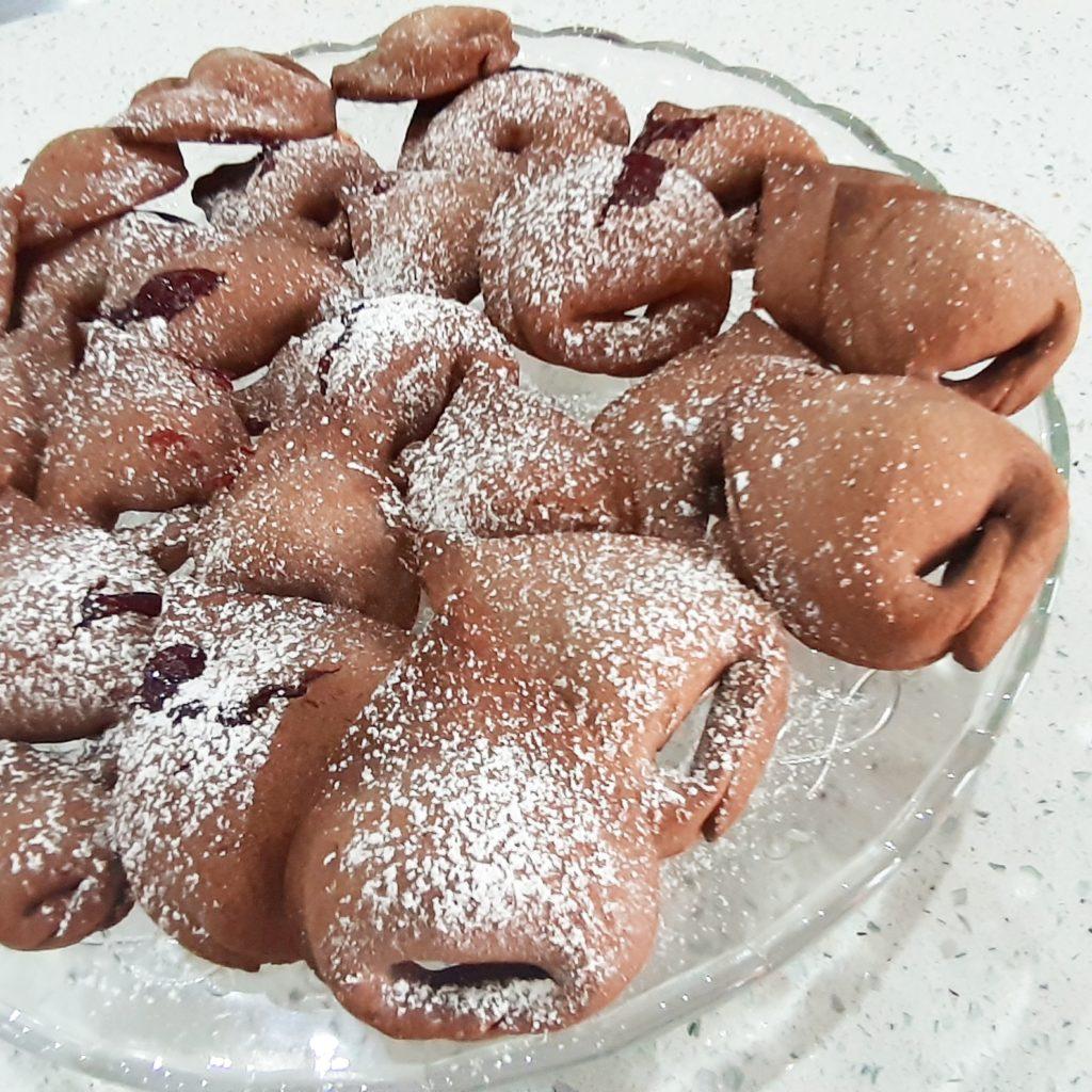 Tortelloni di frolla al cacao