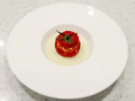 pomodori a grappolo ripieni di riso, provola e cotti in forno