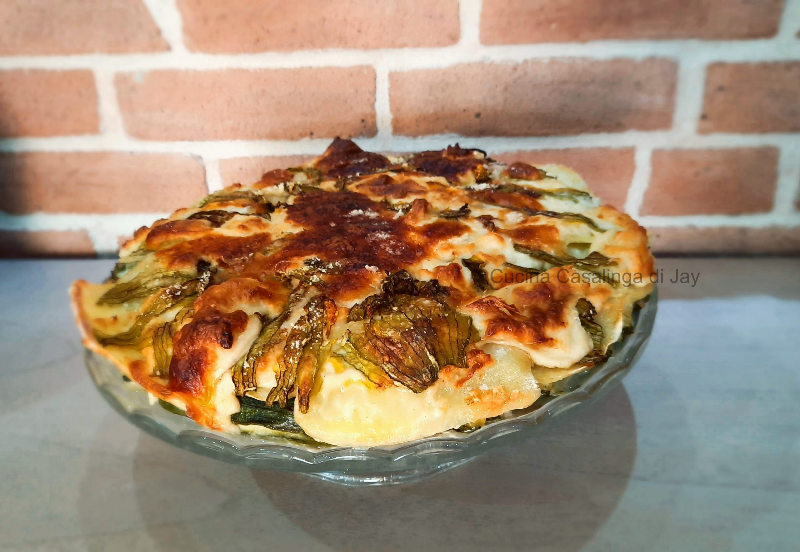 Torta salata di zucchne, patate e fiori di zucca