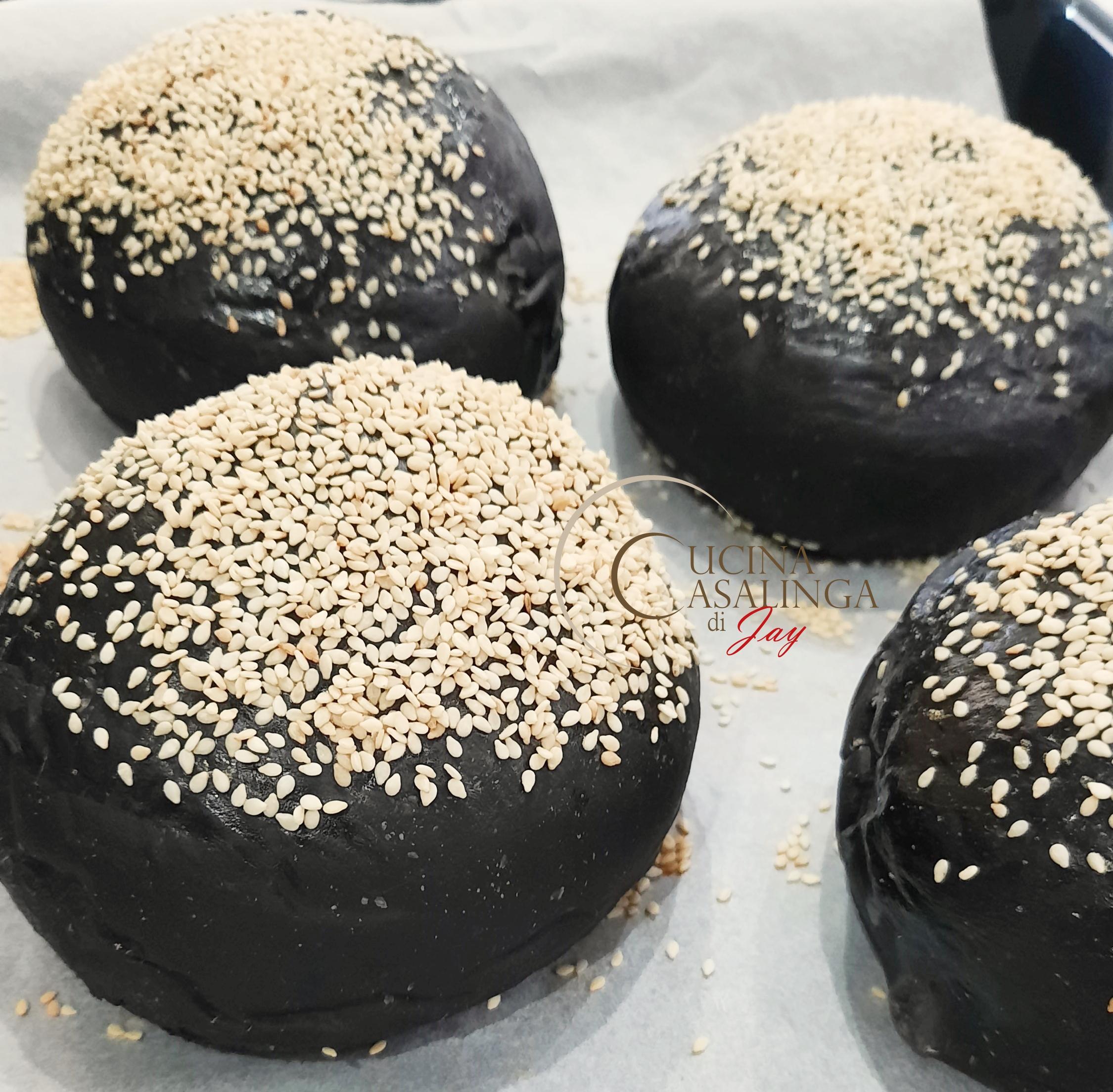 panini al nero di seppia