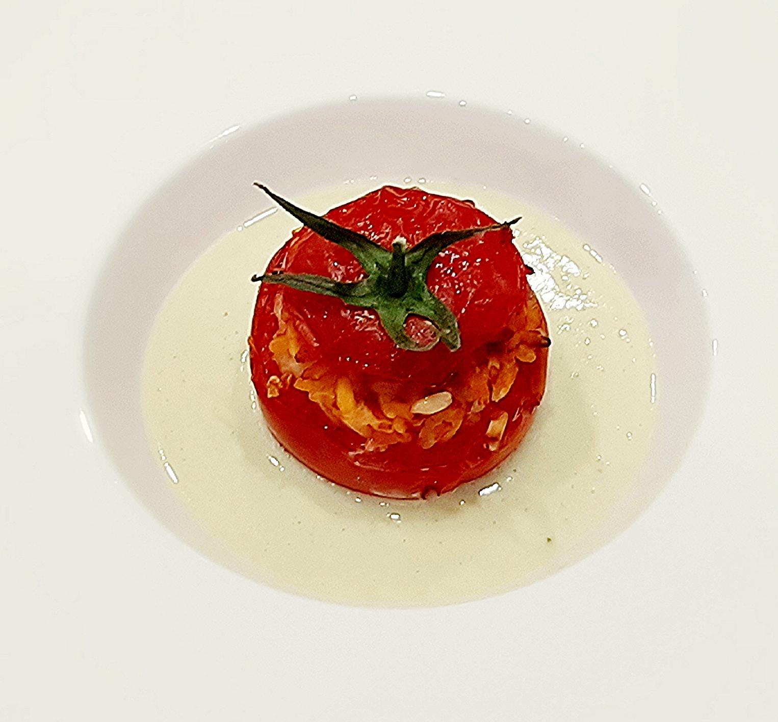 pomodori ripieni su salsa di provola