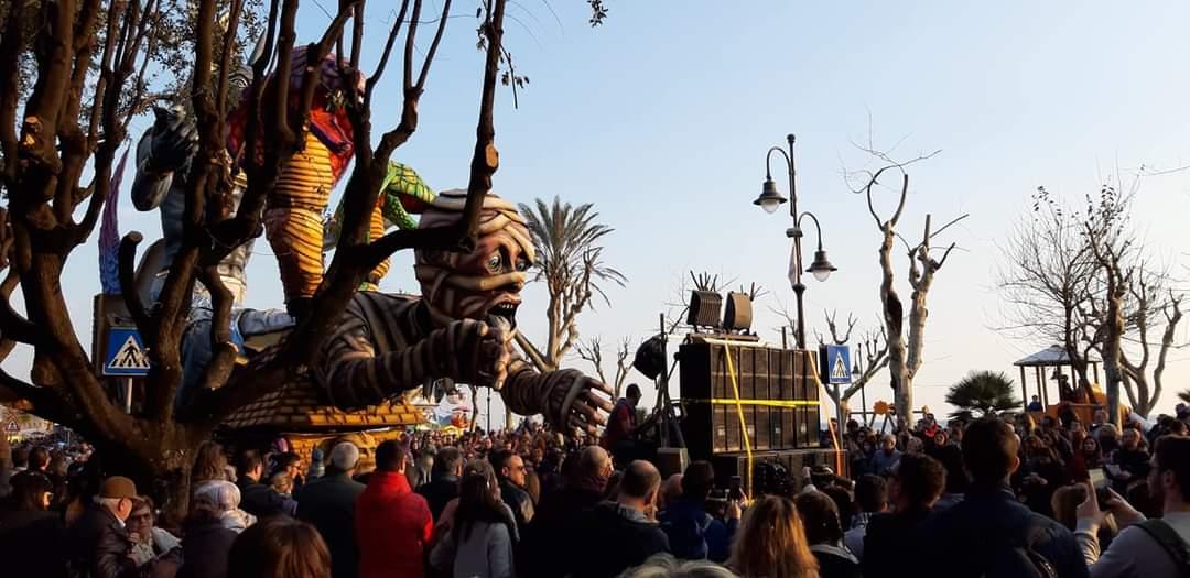 Carnevale di Maiori - Carri allegorici