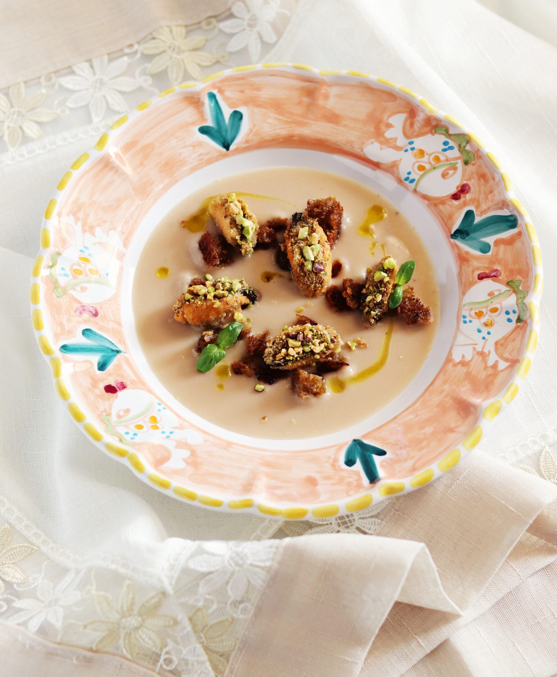 Cozze ripiene su crema di fagioli